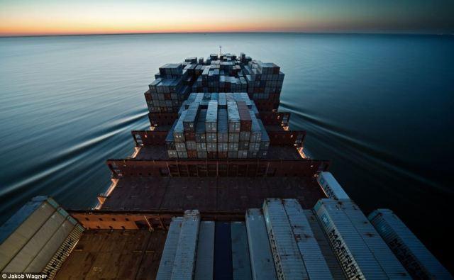 Emma Maersk-1