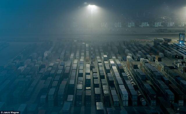 Emma Maersk-2