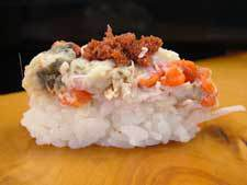 zuwagani-female-sushi