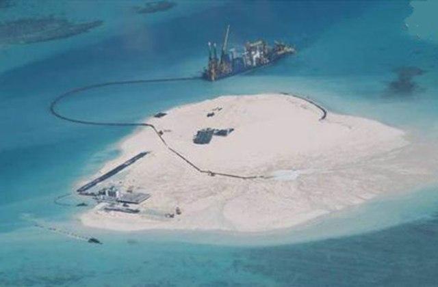 Đảo nhân tạo 4