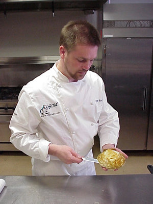 chris_opening_scallop